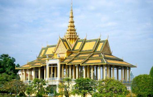 Royal Palace ballroom