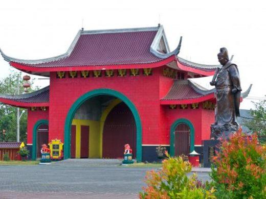 Buddhist and Muslim Temple