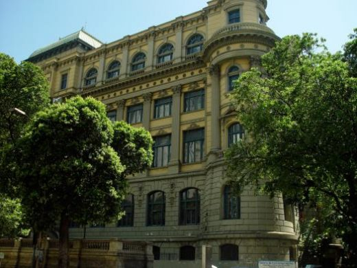 Explore the National Fine Arts Museum in Rio de Janeiro
