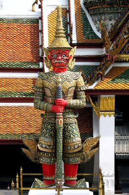 Tour the sites in Bangkok