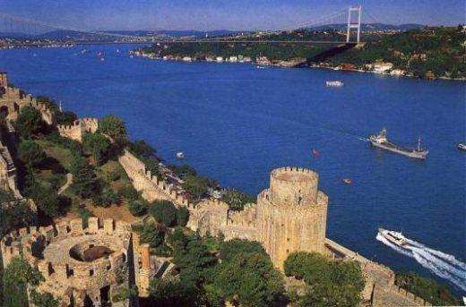 Along the Bosphorus...