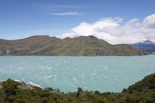 Visit several spectacular lakes (photo: Bo Stern)
