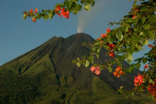 Explore Arenal Volcano