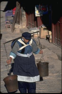 Explore old town Lijiang's heritage