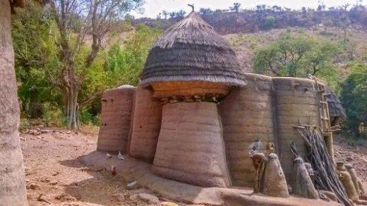 Visit homes in the village of Koutammakou