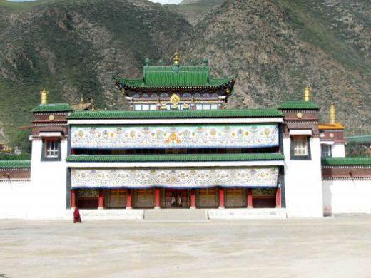 Visit the beautiful Labrang Monastery