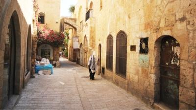 Explore the charming alleys of the Old City constructed with Jerusalem stone (photo by Katie Dochen)