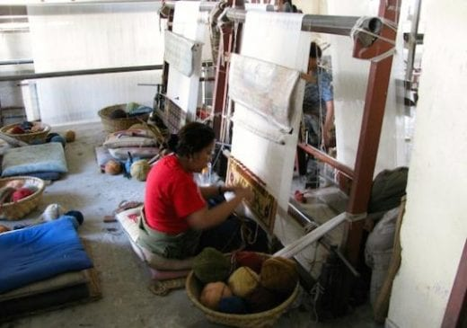 Learn how Tibetan Refugees weave carpets