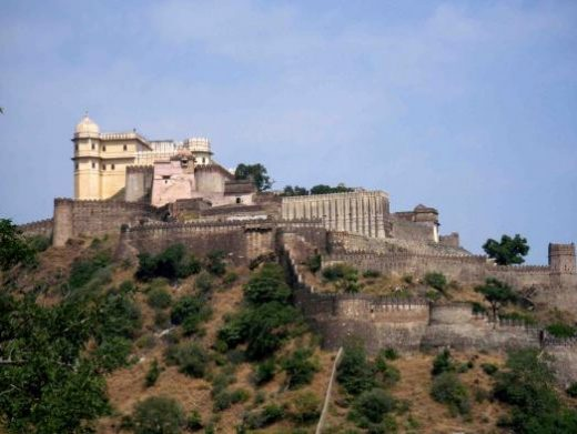 See the Kumbhalgarh Fort in Udaipur