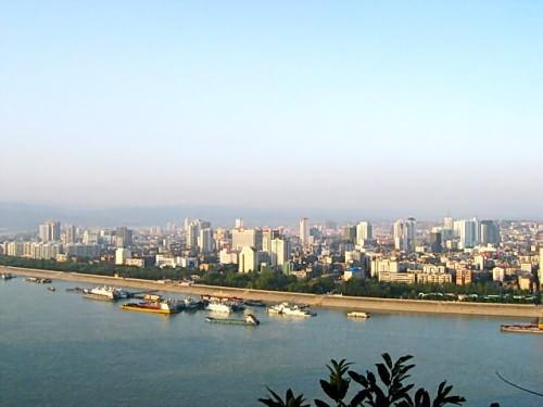 Yichang is a thriving big city