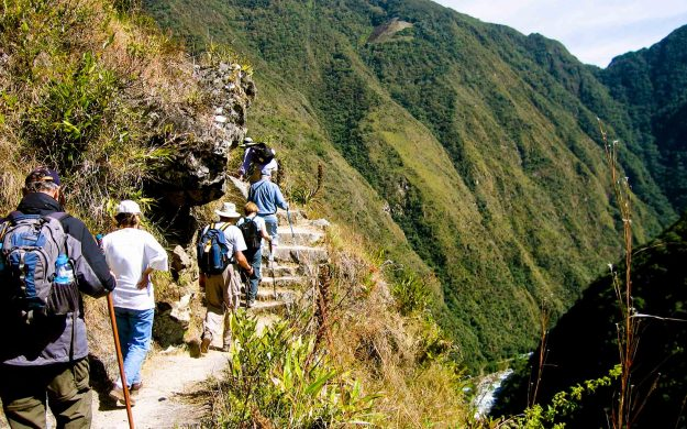 Group hikes Inca Trail in Peru
