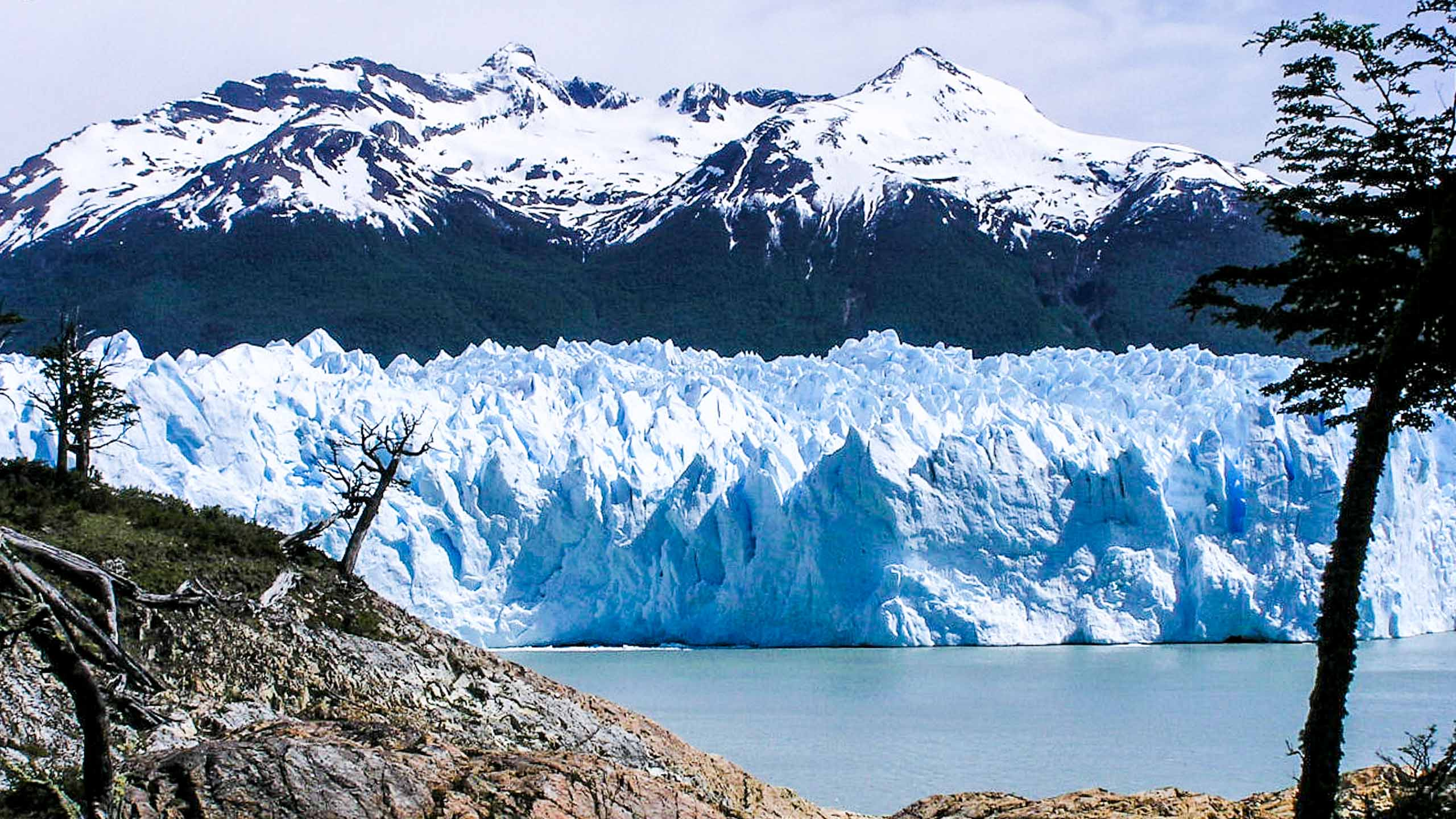 Glacier in front of Argentina mountains