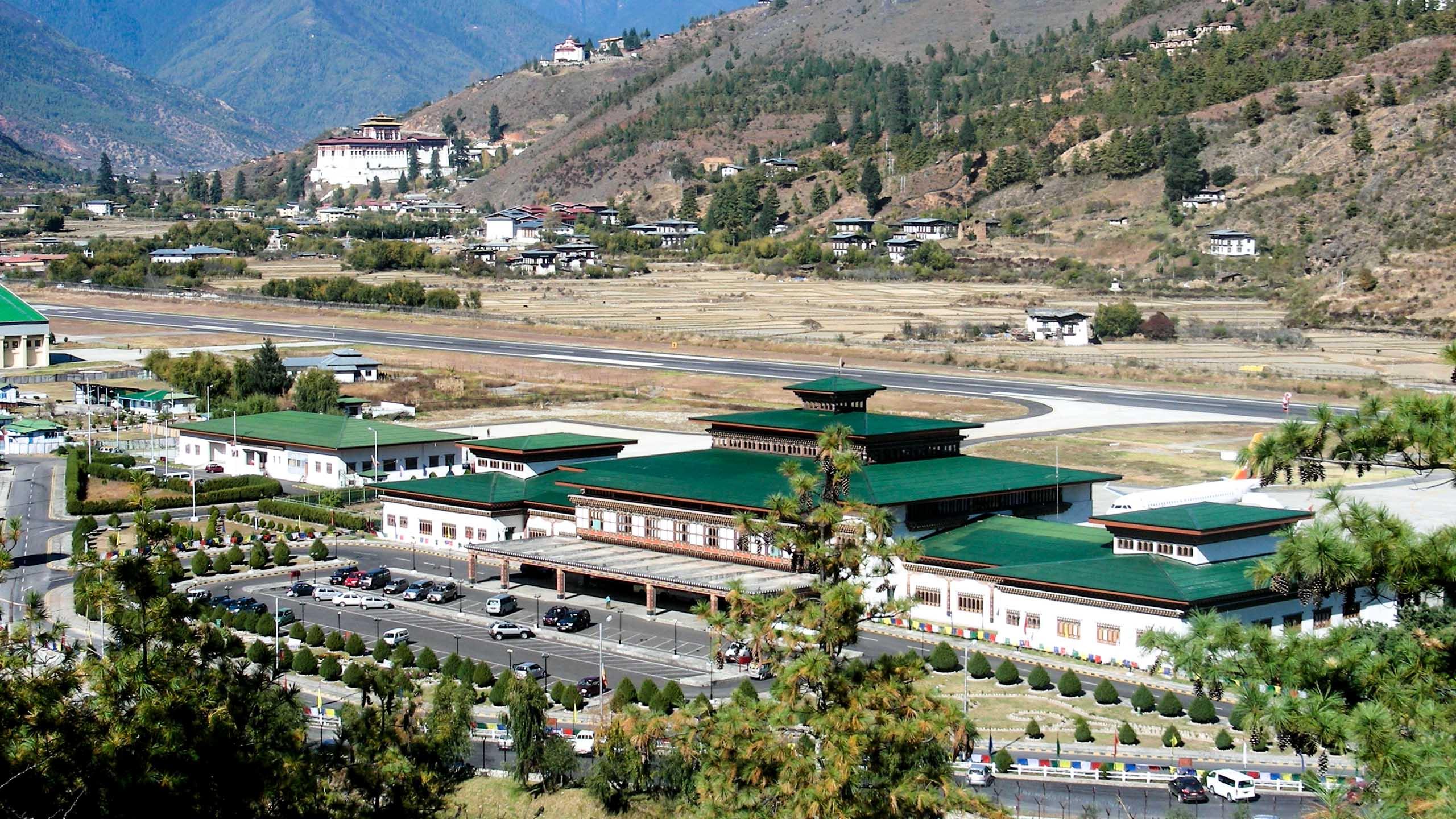 Bhutan valley town