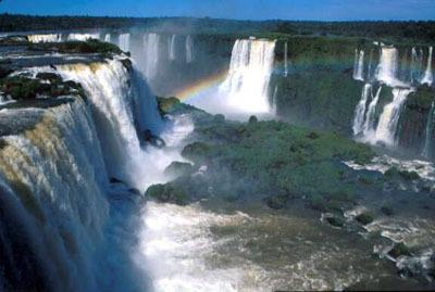 Enjoy the majesty of Iguazu Falls