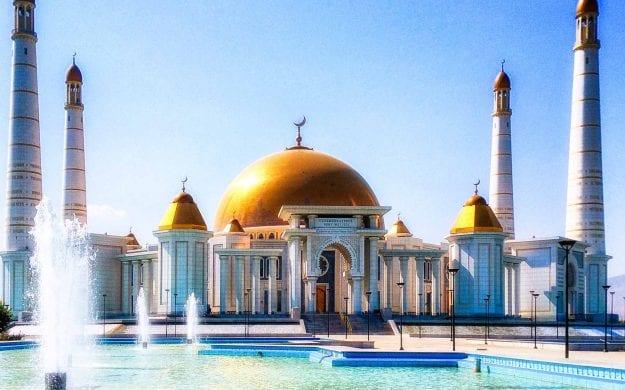 Mosque in Ashgabat, Turkmenistan