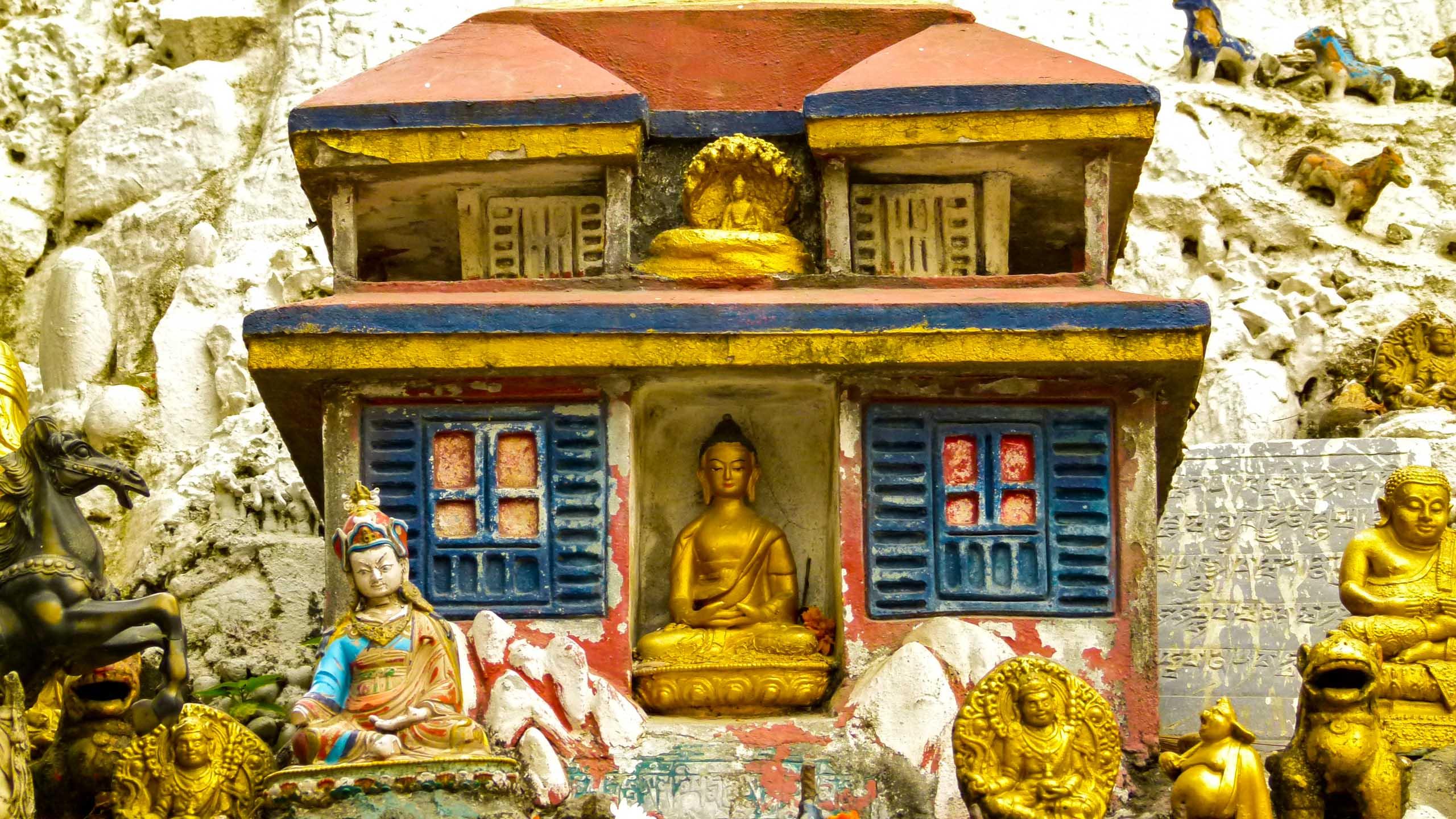 Buddha statuette in Nepal