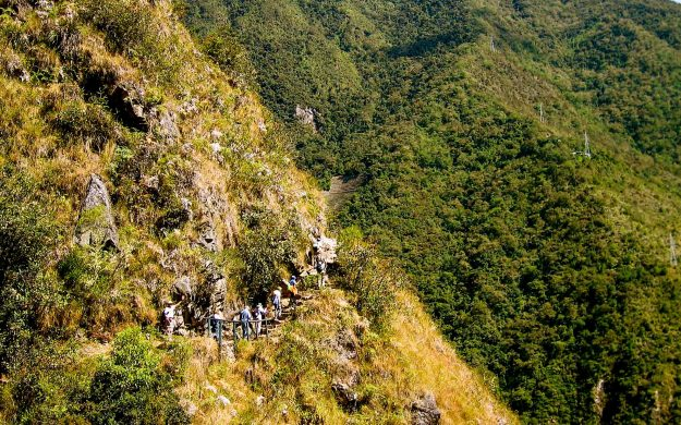 Peru travel group hikes Inca trails