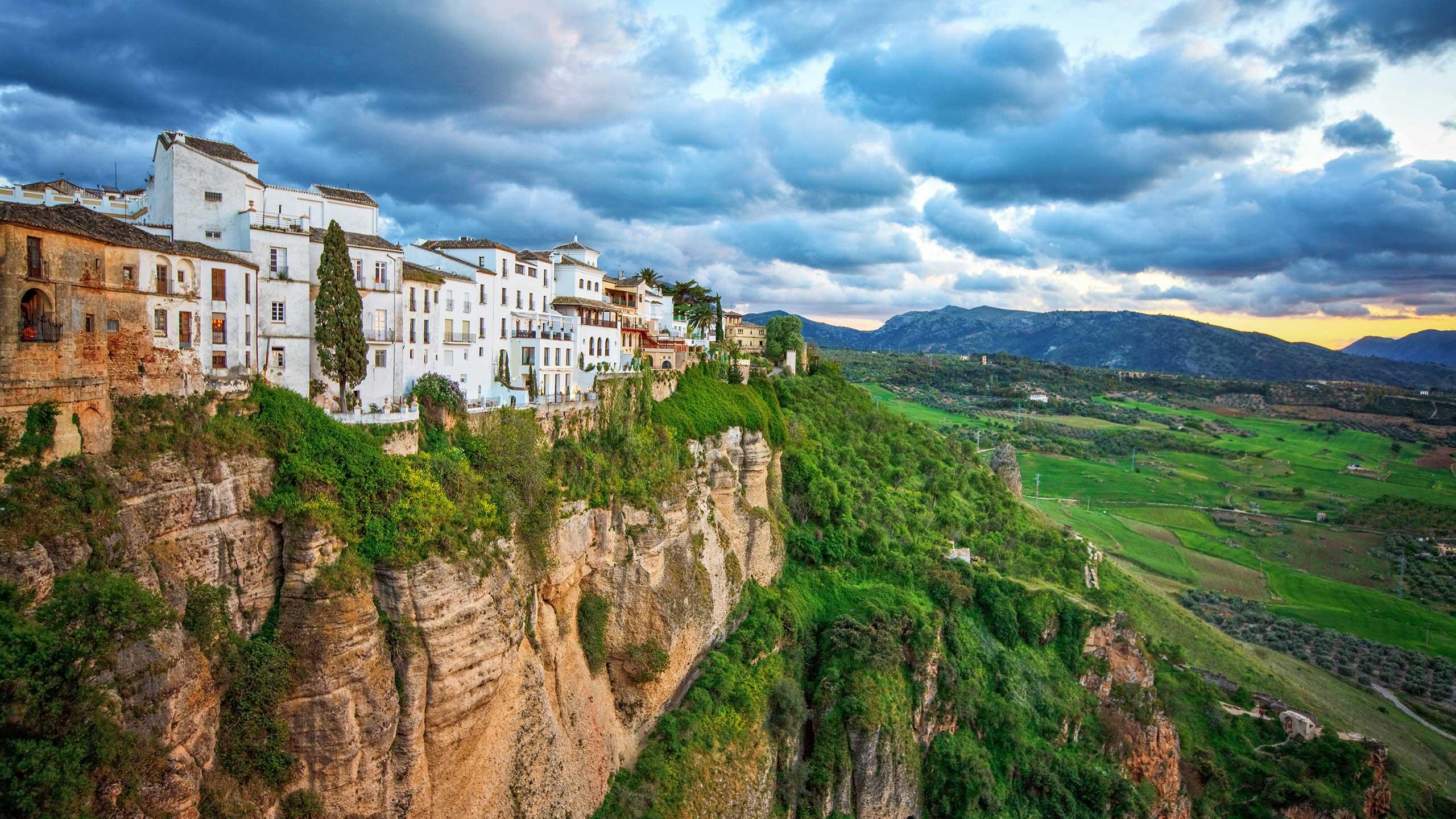 Ronda village on cliff's edge.