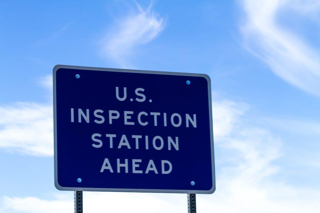International Border sign