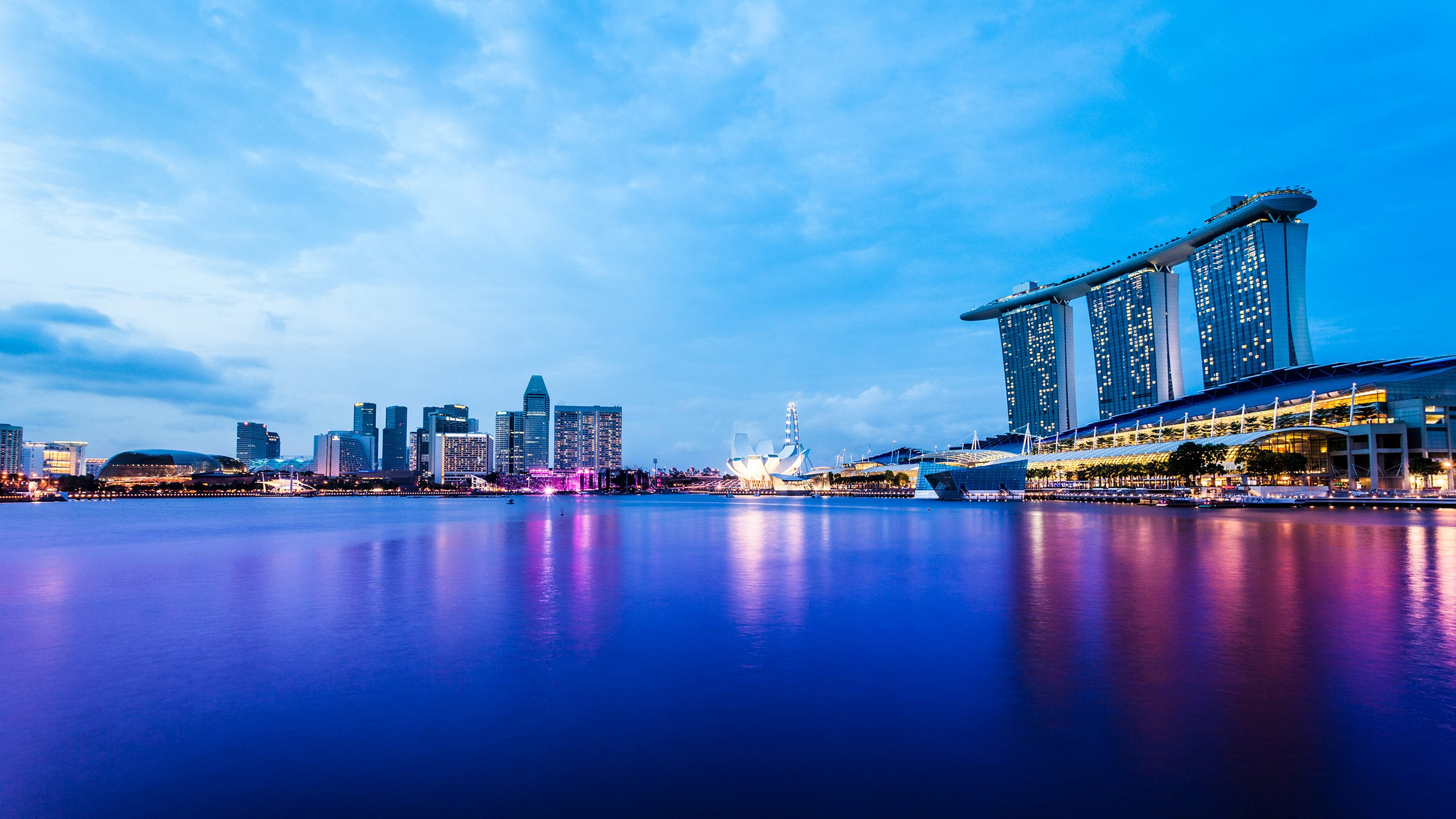 Singapore Marina Bay at Dusk